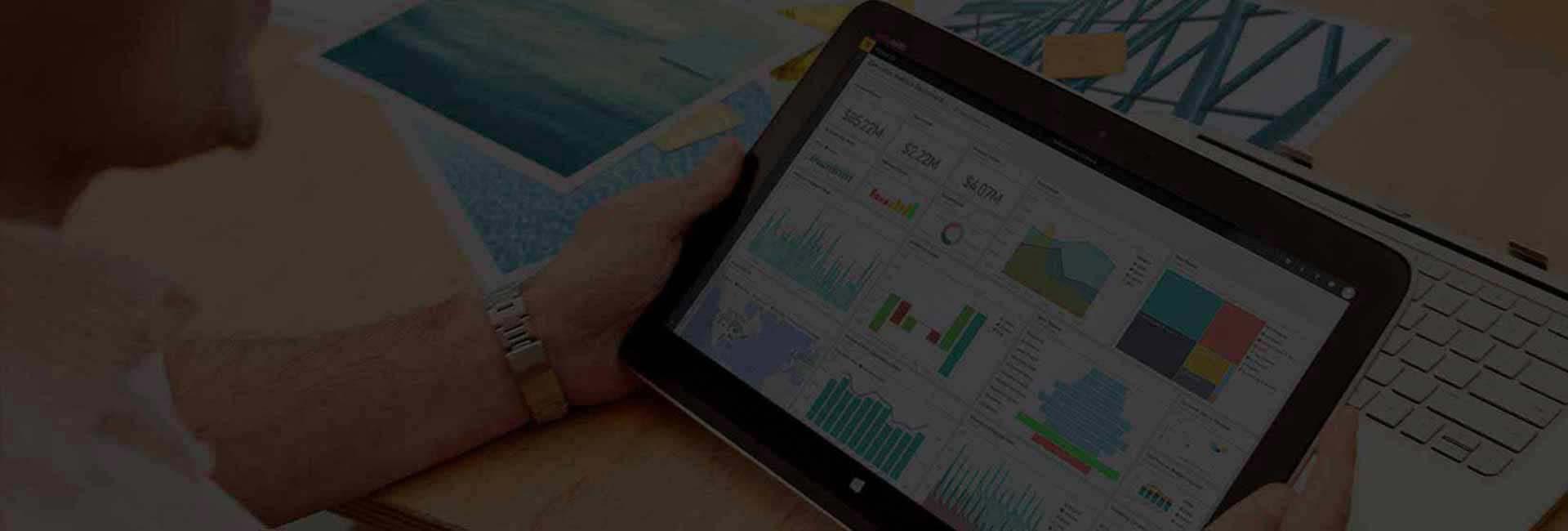 Data Visualization & Reporting Banner